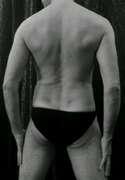 Photos du torse de Eros38, Première : en noir et blanc